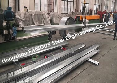 China Material de aço galvanizado Cees alternativo de Girts AS/ANZ4600 dos Purlins dos Zeds de C25019 Lysaght fábrica